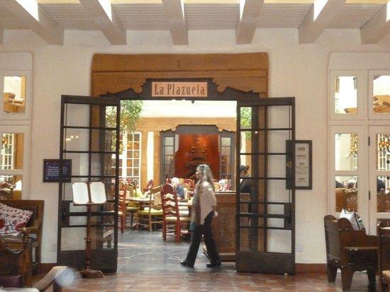 La Fonda on the Plaza: La Plazuela Off La Fonda Lobby