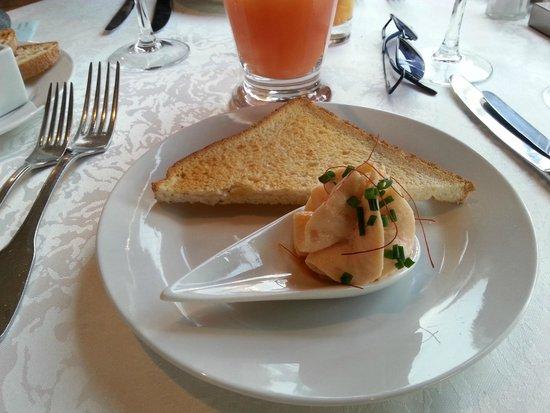 Restaurant Le jardin De Leontine : Mise en bouche, menu coquelicot