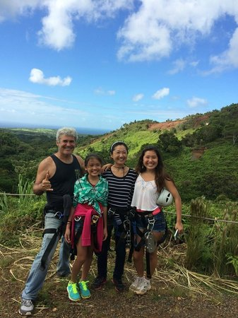 Skyline Eco Adventures: At the end of an awesome 5 zipline adventure