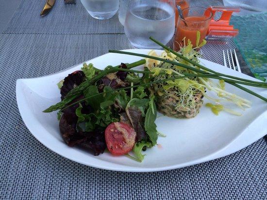 Flora - L'Écrin des Saveurs : Tartare de saumon