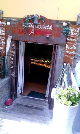 Pizzeria La Cambusa : C'est là qu'on entre !!