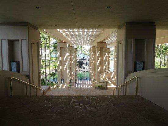 Hilton Waikoloa Village: View from the main lobby