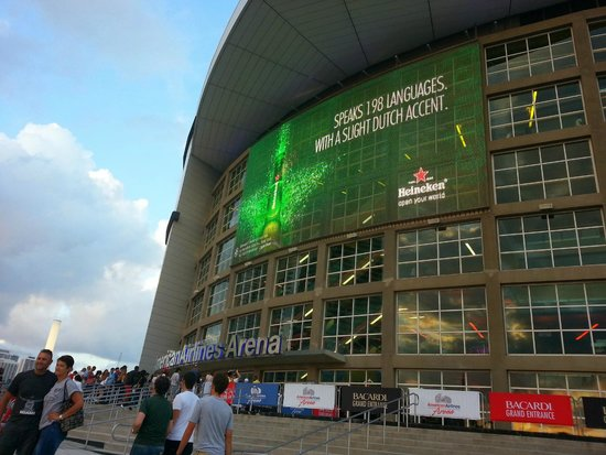 American Airlines Arena: Entrada AAA