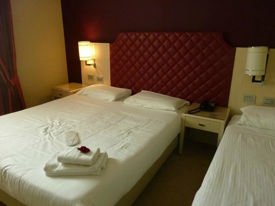 Just Hotel Lomazzo Fiera: Grand lit ( 2 X 90cm )