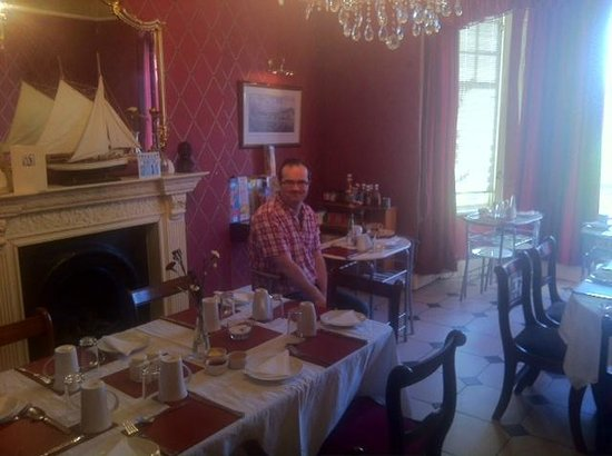 Beverley Guesthouse: Breakfast Lounge