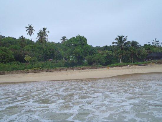 Joab's House: Playa a metros del hostal