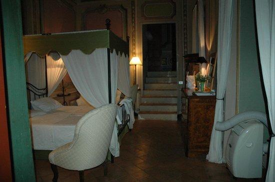 Castello Costaguti: Camera