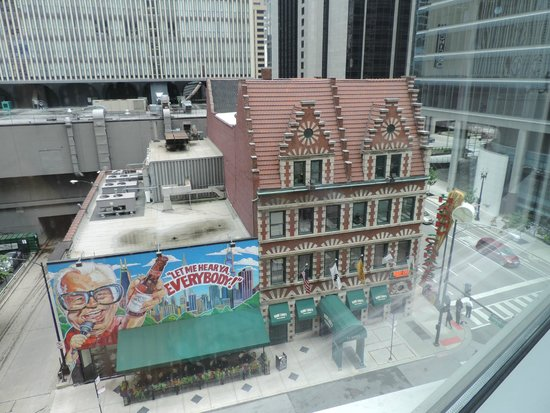 Kinzie Hotel: View out our window