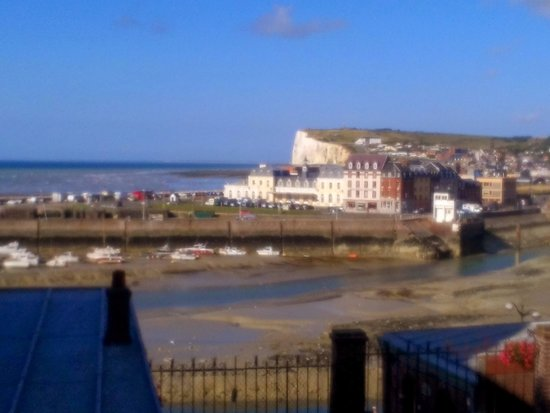 Hotel de Calais : vue de la fenêtre de notre chambre.