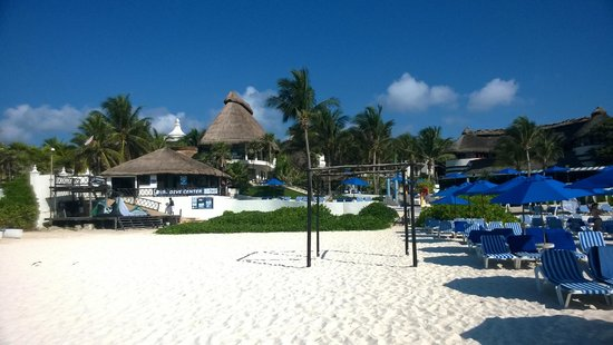 The Reef Playacar: desde la playa
