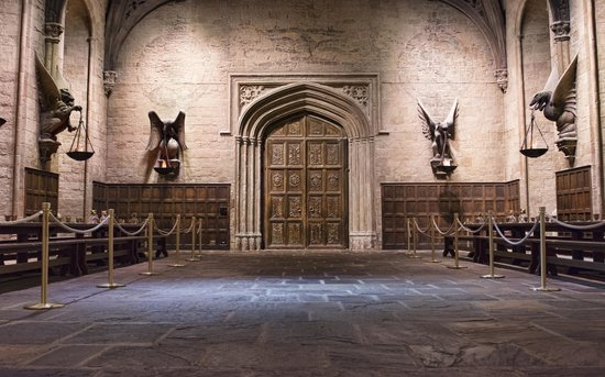 Warner Bros. Studio Tour London - The Making of Harry Potter: Great Hall