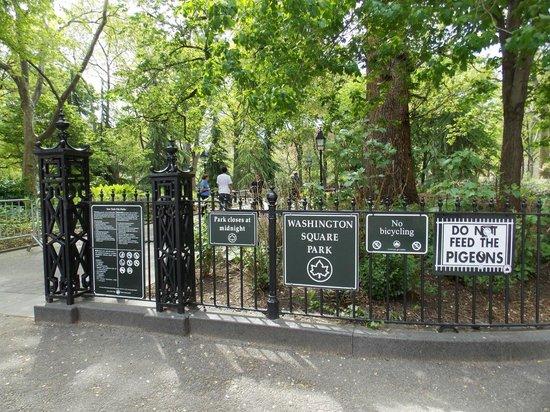 Washington Square Park: Rejas artísticas