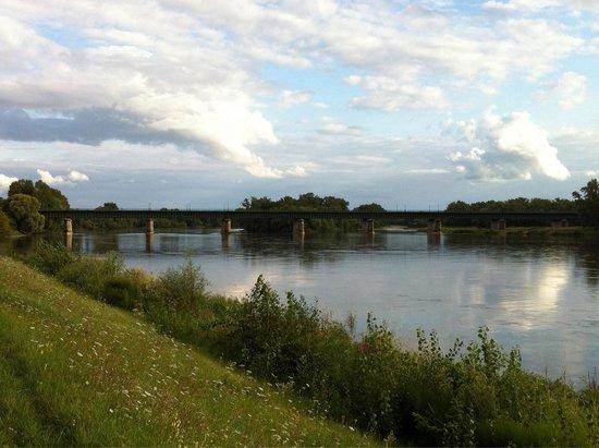 Pont Canal de Briare: Dal fiume