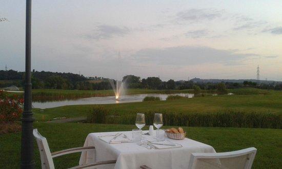 Chervo Golf Hotel Spa & Resort : terrazza ristorante