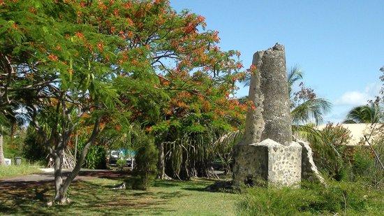 Village de Menard : Village de Ménard - Restes de la sucrerie