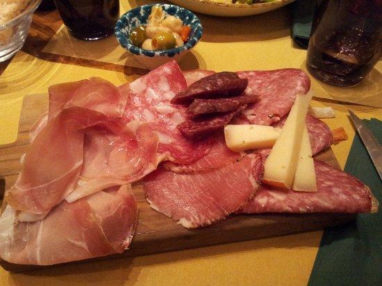 La Cantinetta Osteria con Cucina: Tagliere buonissimo!