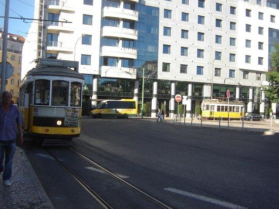 Tram 28: esperando al 28