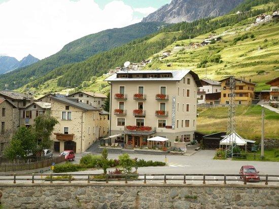 Hotel Zebru': HOTEL