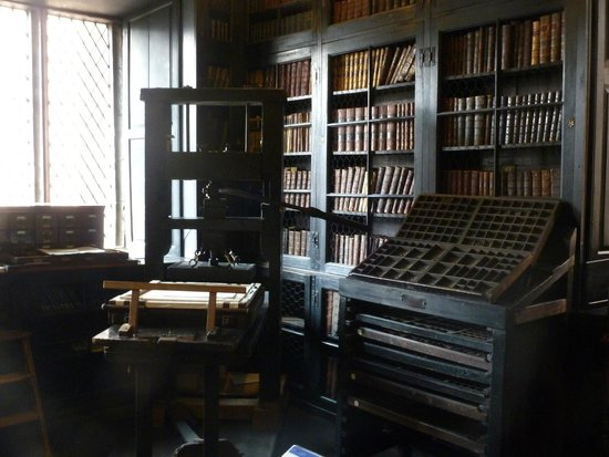 Chetham's Library: Wooden Printing Press