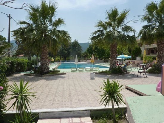 Marilena Hotel : Pool area