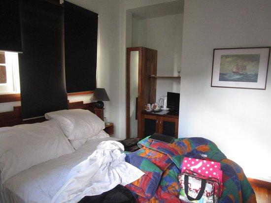 Admiral Stirling Inn: Bedroom
