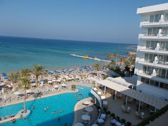Sunrise Beach Hotel: room view
