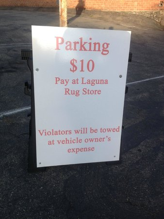 Pageant of the Masters: Parking at Laguna Rug