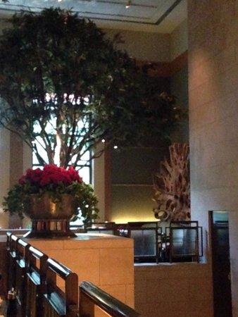 Four Seasons Hotel New York: Restaurant side