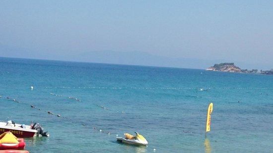 Marti Beach Hotel: manzara çok güzel