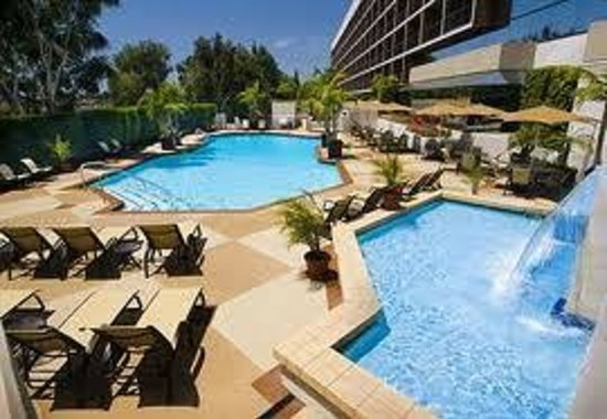 ‪‪Hilton Orange County / Costa Mesa‬: Pool Area‬