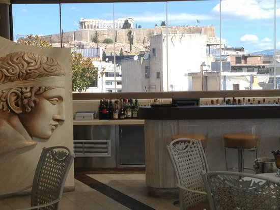 The Athenian Callirhoe Exclusive Hotel: Pretty Restaurant and View
