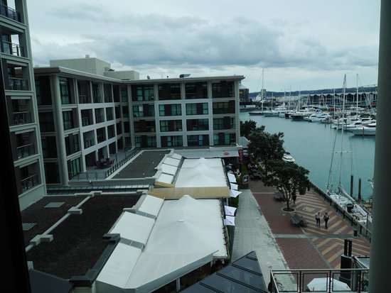 The Sebel Auckland Viaduct Harbour: View from Marina view 1 bed suite at Sebel Suites