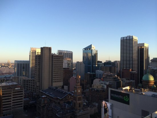Meriton Suites Pitt Street, Sydney: View from the balcony