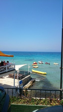 Marti Beach Hotel: yemekler harika açık restorantın manzarası şahane