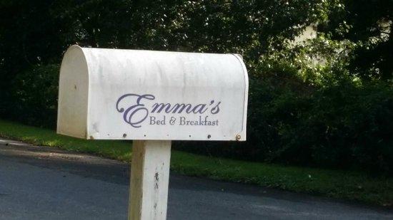 Emma's Cottage House: Mailbox