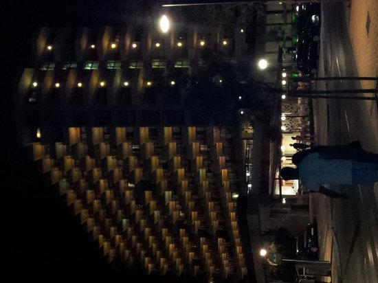 Angela Hotel: By night