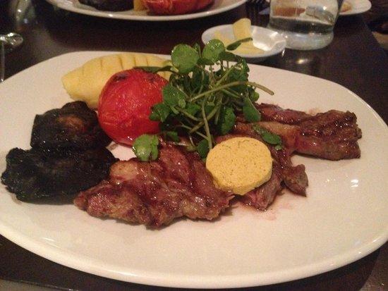 Playfair's Restaurant: Rib-eye steak