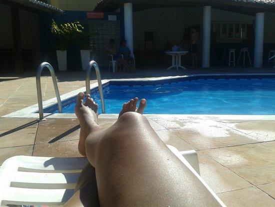 Oceano Porto Hotel: Bate sol na piscina o dia todo, a área é ótima
