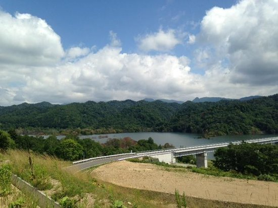 Sangen-kyo Bridge : どこに続いているのだろう・・・?
