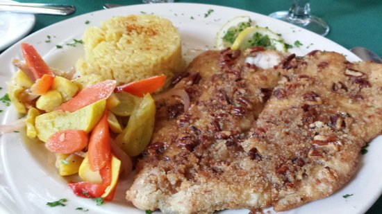 Skyline Lodge and Restaurant: Maple pecan trout