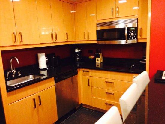Elara by Hilton Grand Vacations : キッチンもついてますよー!