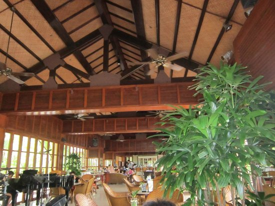 Furama Resort Danang: Hai Van Lounge