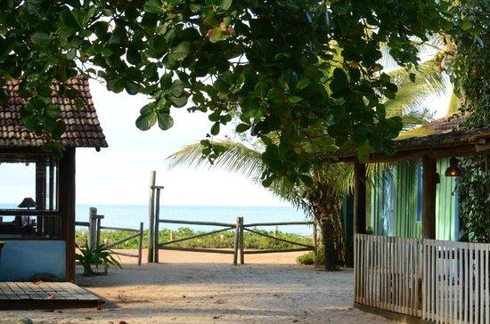 Loin de Tout: Vista para a Praia em Frente a Pousada