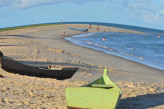 Loin de Tout: Vista da Praia em Frente a Pousada