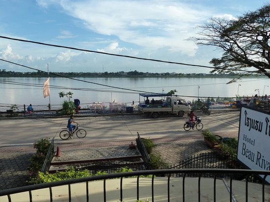 Beau Rivage Mekong Hotel: View from the balcony
