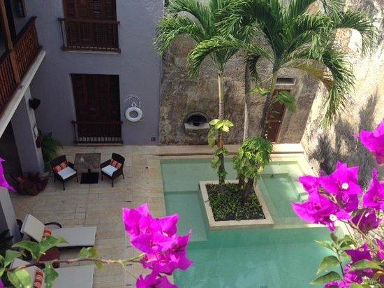 Ananda Hotel Boutique : piscina del primer nivel