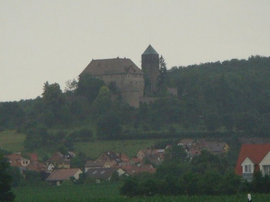 Hotel Burg Colmberg: View from the road