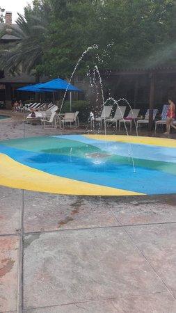 The Woodlands Resort & Conference Center: Sprinkler for the smaller kids