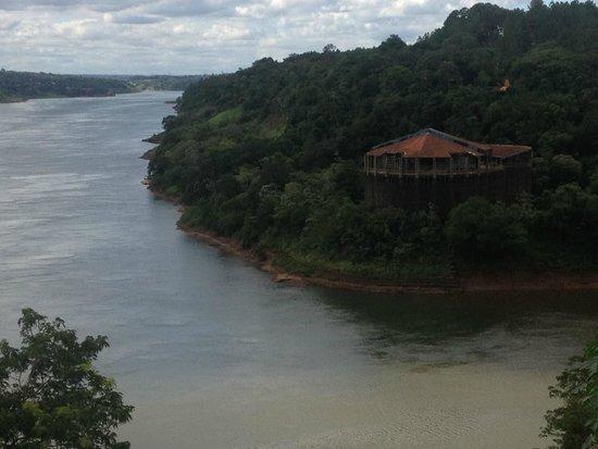 Hito de Las Tres Fronteras Argentina: Brasil Border