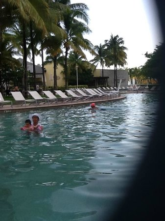 Grand Lucayan, Bahamas: Nice, very nice pool